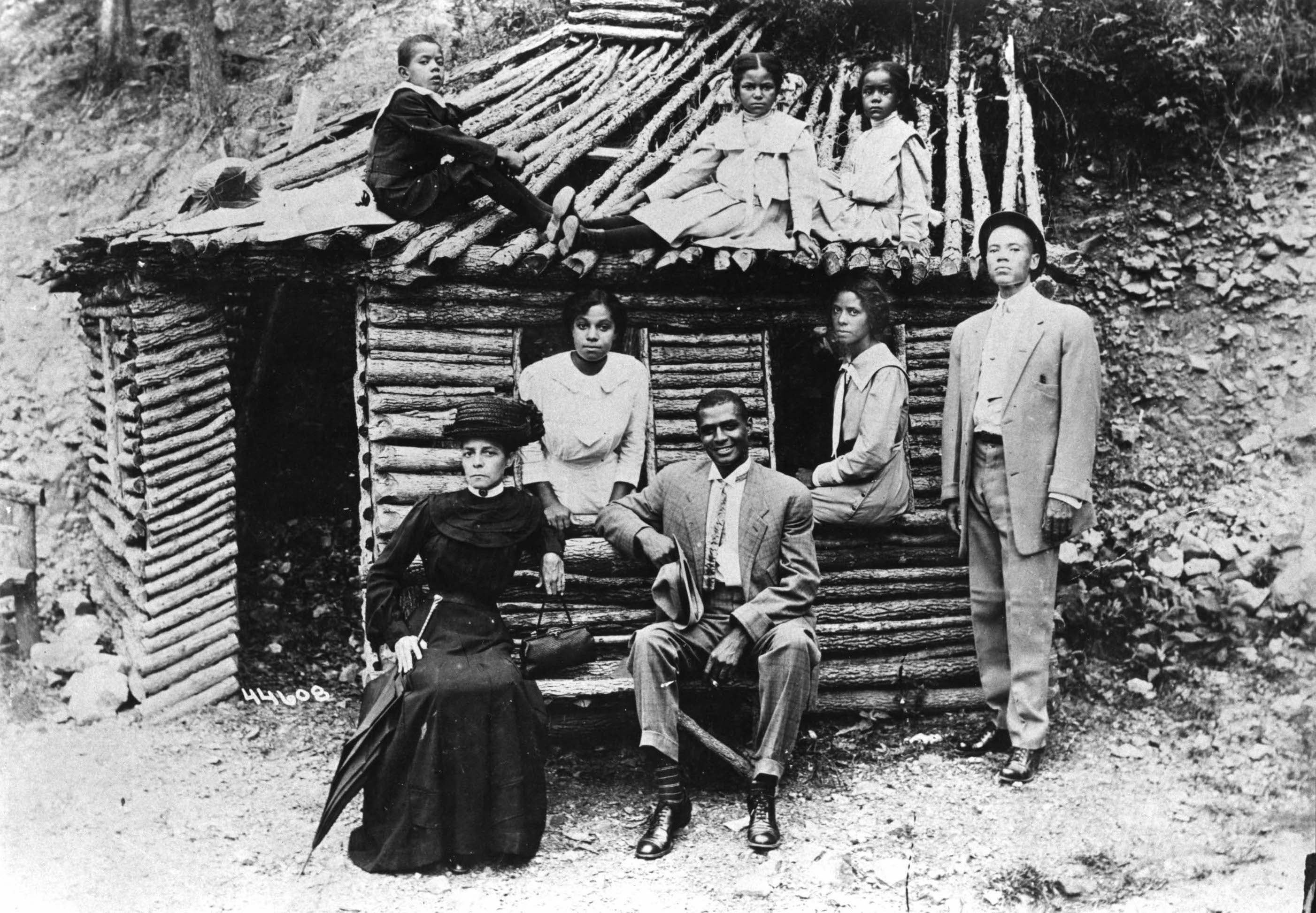 Pasadena's McAdoo family visiting relatives in Arkansas (ca. early 20th century). In 1899, the family came to Pasadena, where th